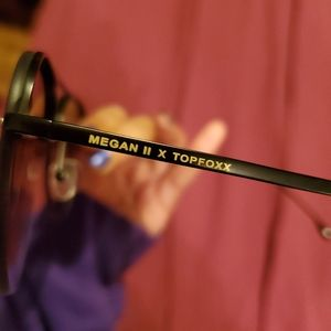 Topfoxx megan II sunglasses worn once